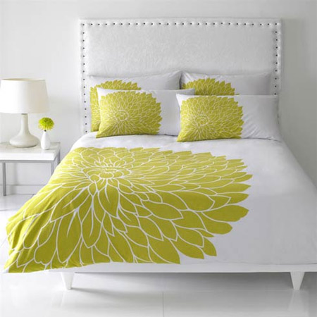 lime-green-interior-decor-bedroom-2