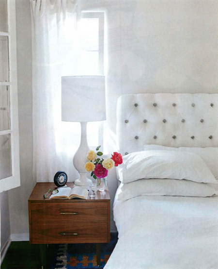 interior-decor-white-bedroom-interiors-9